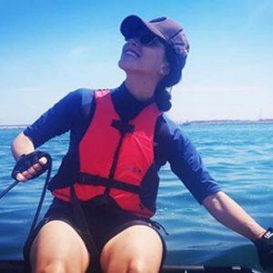Woman sail the Tiwal 3 pocket yacht