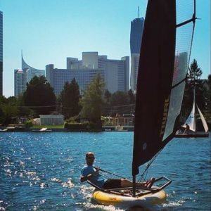 Inflatable sailing dinghy Tiwal 3 sailing in Vienna