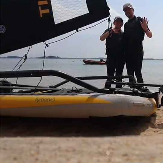 Testimony from a German couple about their Tiwal 3 inflatable sailing Dinghy