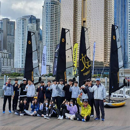 Busan sailing school now teaches on a fleet of Tiwal 3 inflatable sailing dinghies.