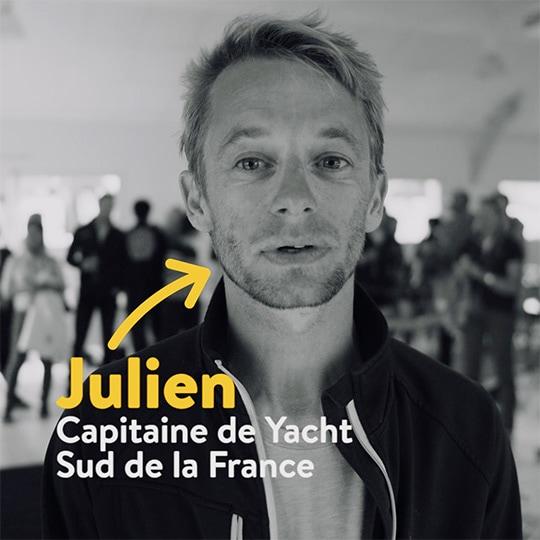 Julien , capitaine d'un superyacht en Méditerranée, témoigne du dériveur Tiwal 3 à bord