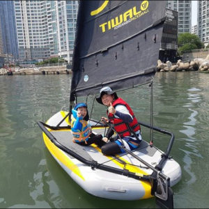Tiwal is also a sailboat for kids