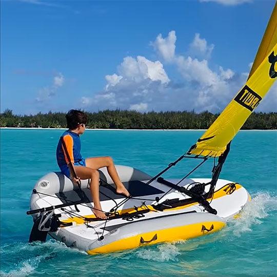 Apprentice sailor in Bora Bora